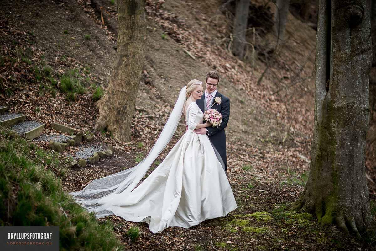 bryllupsbilleder i skov kolding
