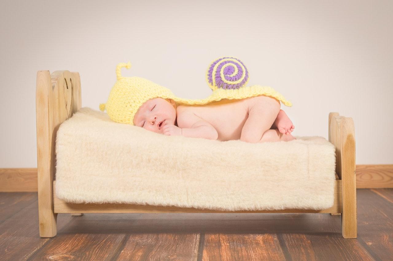 Nyföddfotografering sker helst innan bebisen fyllt 14 dagar