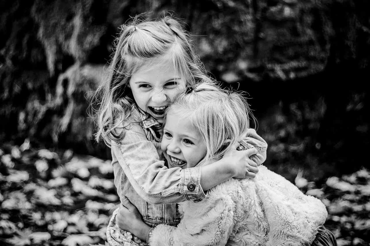 Børnefoto er specialiseret i at fotografere børn i skoler og børneinstitutioner